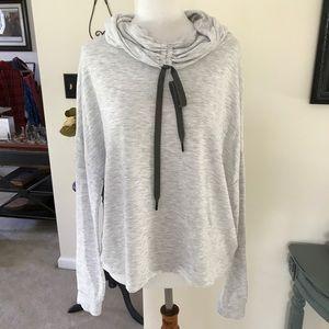 Size M Tek Gear sweatshirt